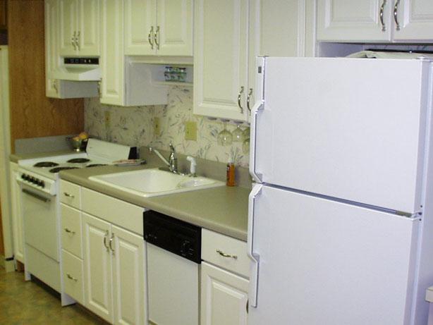 Mini Kitchens - modern mini kitchen design by Ensci | Kitchens